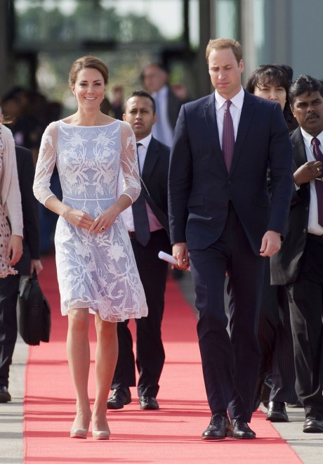 Duchess of Cambridge wearing Alice Temperley on Diamond Jubilee Tour in September 2012 (Keystone Press)