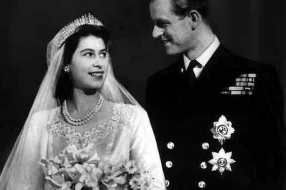 image-12-for-queen-elizabeth-ii-marries-the-duke-of-edinburgh-20-november-1947-pix-mirrorpix-gallery-2888179-321724