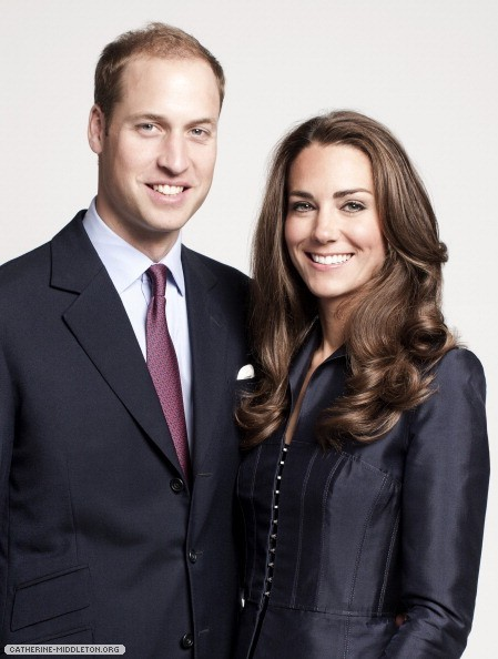 Official-Canada-Tour-Portraits-prince-william-and-kate-middleton-26422154-449-594